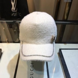 White wool cap